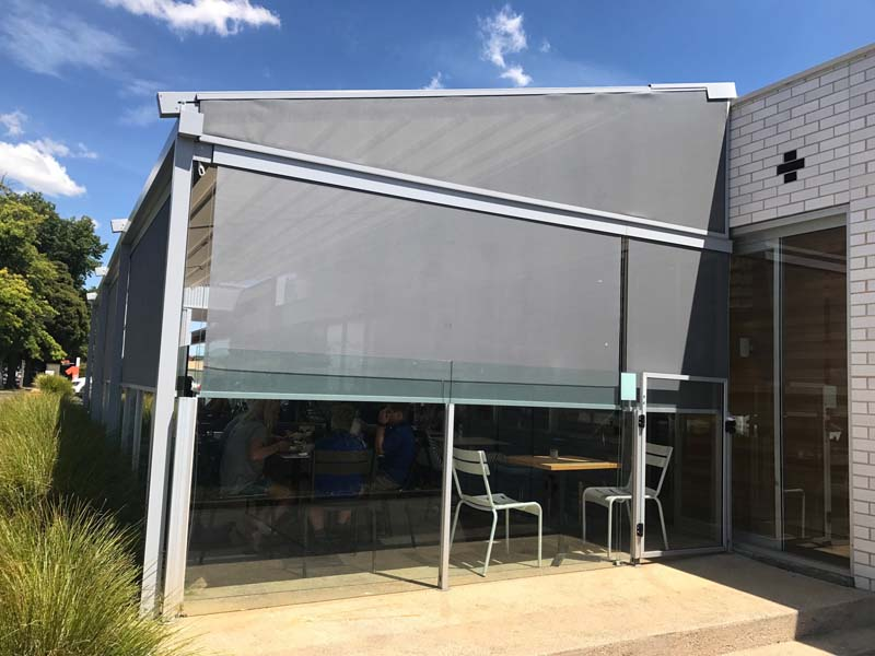 Retractable Pergola & External Screen Melbourne